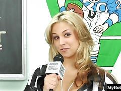 Jessica Bangkok has a group of friends tube porn video