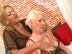 Older women on bed porn tube video