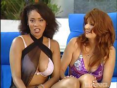 Lesbian Swingers, Close Up, Fingering, Group, Lesbian, MILF