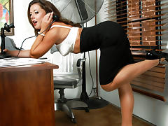 Aiden Starr & Penny Flame & Alan Stafford & Charles Dera & Herschel Savage in Naughty Office tube porn video