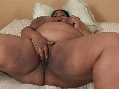 Mature fat belly mom is licked the smashed indoors tube porn video