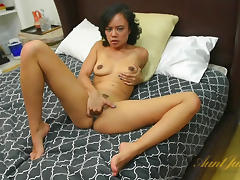 Annie Cruz in Masturbation Movie - AuntJudys porn tube video