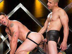 Derek Atlas & Juan Lopez in Erector Video tube porn video