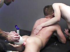 Duncan Murphy, Pete Ross, Tony Bishop in Good Boys  - Bromo tube porn video