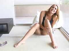 Heavenly pussy of the sexy Cosima exposed and masturbated hard porn tube video