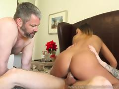 Jaye Summers Husband Does What She Wants To Please Her porn tube video
