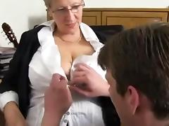 Mom Porn Tube Videos