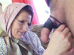 Slutty old lady gets a good dicking from a horny guy