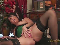 Leah in Masturbation Movie - AuntJudys