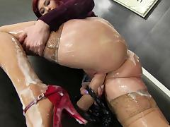 Nice ass redhead get coated in slime after blowing a gloryhole boner porn tube video