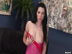 Sex-insane bitch enjoys anal toying perfectly in this solo performance