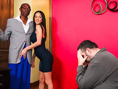 Sean Michaels in Can You Be A Man!! - RealityJunkies porn tube video