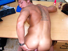 Gavin the beefy bottom - BigDaddy tube porn video