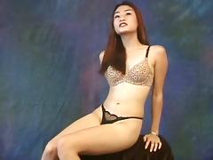 Jasmine would like everyone to take a look at her hairy pussy porn tube video