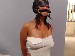 blowjobs Bondage blindfolded milf