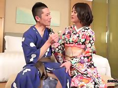 Fetching Japanese shemale gives her man the missionary treatment