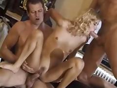 Skinny Girl 3some Sex