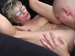 Nothing pleases her more than the pussy licking before the banging