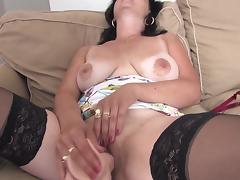 Dildo shaped like a cock fucks this mature slut hard