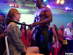 All the ladies of the nightclub want to suck that big black dick!