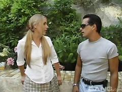 Guy with sunglasses decides to penetrate the blonde's tight anus