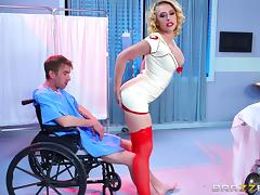 Hottest nurse ever rides the patient's dick as fast as she can