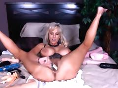 Busty Lagy Shoving a BOTTLE UP! - HD tube porn video