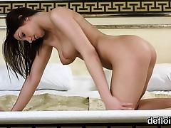 Lovely nympho spreads spread pussy and gets deflowered porn tube video