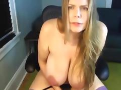 Mature mom saggy big huge natural tits masturbate