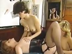 Lisa De Leeuw Lois Ayres and Stacy Donovan porn tube video