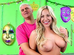 Olivia Austin,Porno Dan in Blonde Bombshell Olivia Austin Takes A Pounding Video