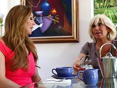 Mature senorita decides to go full-lesbian with her smooth apprentice porn tube video
