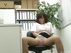 She'd like to have doggy style sex right there in the office! porn tube video