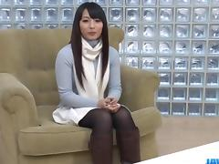 Kokona Sakurai loves posing while masturbating porn tube video