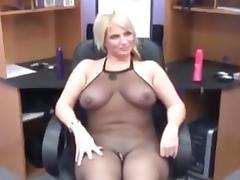 Lesbians pissing amateur porn tube video