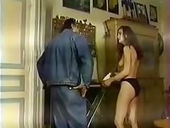 Jolie jade suce un vieux porn tube video