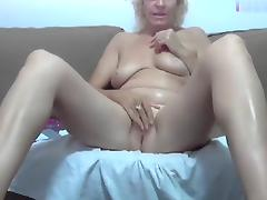 wildmaryanne amateur record on 07/06/15 16:57 from Chaturbate