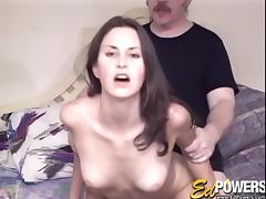Black-haired hottie lets the nerdy guy give a good banging to her cunt