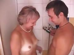 Mom and Boy, 18 19 Teens, Bath, Bathing, Bathroom, College