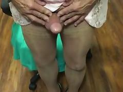 Crossdresser cum tube porn video