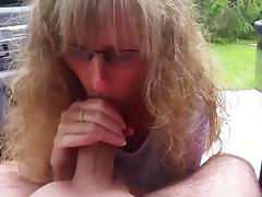 Wife gives outdoor blowjob porn tube video