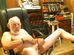Grandpa Jerking and Wanking tube porn video