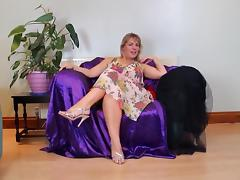 Hot mature masturbation... porn tube video