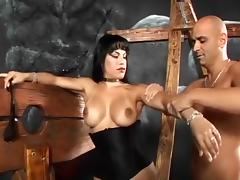 Vin Deacon Gets Nasty With Dominatrix Foxxy porn tube video