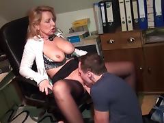 Der Praktikant porn tube video