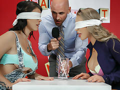 Nicole Aniston & Peta Jensen & Johnny Sins in Game Night Shenanigans - Brazzers