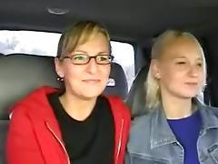 2 Anhalterinnen porn tube video