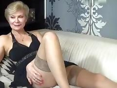 kinky_momy intimate movie 07/06/15 on 09:25 from MyFreecams porn tube video