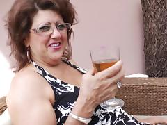 Three mature bombshells enjoy having some lesbian fun