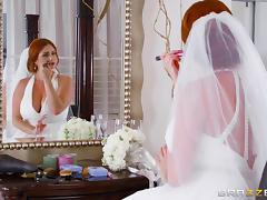 Chubby redhead bride Lennox gets her tasty muff plugged hard tube porn video